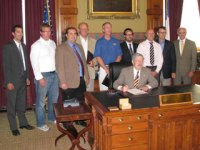 Governor Branstad held a ceremonial signing ceremony recognizing the passage of the new solar tax credits on Tuesday, June 26.